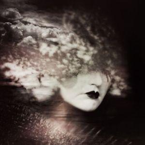 Kamina Cox-Palmer (ishkamina) fotografia photoshop sombria surreal